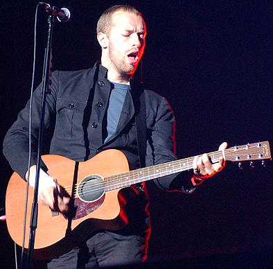 chris-martin-guitar